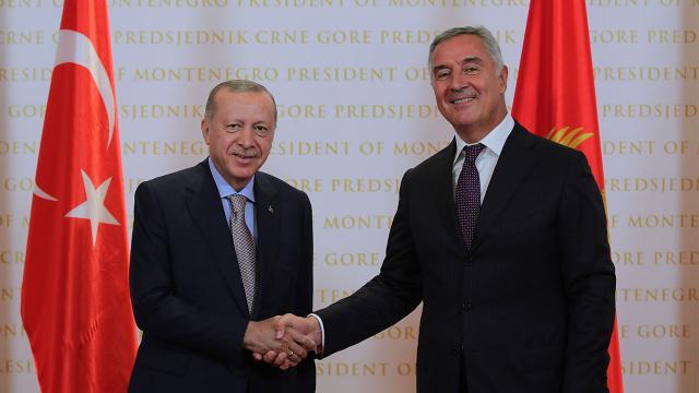 Cumhurbaşkanı Erdoğan Karadağda