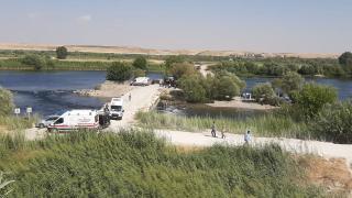 Serinlemek istediği Fırat Nehri'nde boğuldu