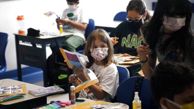 Uzmanlardan okul uyarısı: Öğrencilerin kıyafetleri düzenli yıkanmalı