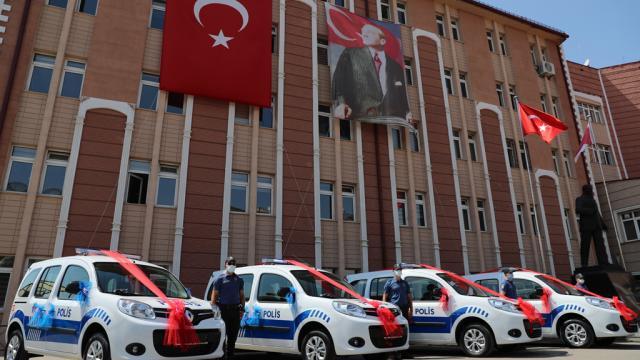 Sivas Belediyesinden Emniyet Müdürlüğüne araç desteği