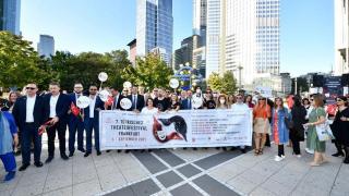 Frankfurt'ta Türk korteji
