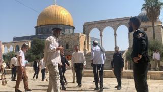 İsrail polisi eşliğindeki 102 fanatik Yahudi, Mescid-i Aksa'ya baskın yaptı