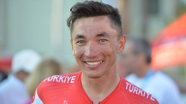Milli bisikletçi Ahmet Örken ABD takımına transfer oldu