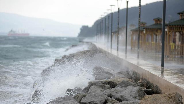 Yurdun kuzeybatı kesimleri için fırtına uyarısı