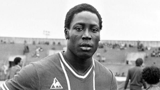 39 yıldır komada olan Fransız futbolcu Adams hayatını kaybetti