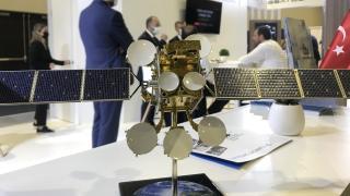 Türk firmaları uydu fuarında kabiliyetlerini sergiledi