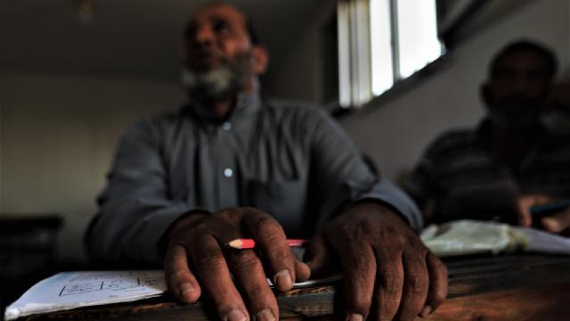 Suriyenin kuzeyinde 2 ayda yaklaşık 11 bin yetişkin okuryazar oldu