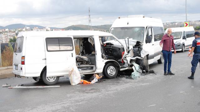 Sancaktepede trafik kazasında 4 kişi yaralandı