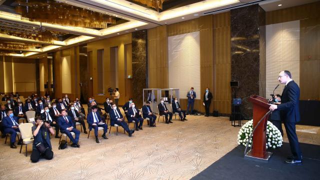 Türk iş insanları Karabağın imarı için Baküde buluştu