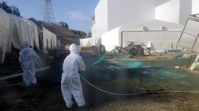 Japonya hükümeti Fukuşima santralini devreden çıkaracak