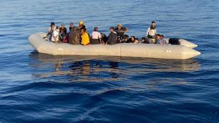 AB sınırlarında göçmenlere karşı hak ihlalleri sürüyor