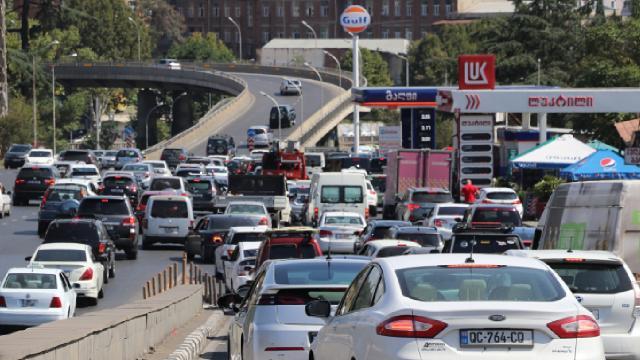 Gürcistanda hava kirliliği: En önemli sebep eski araçlar