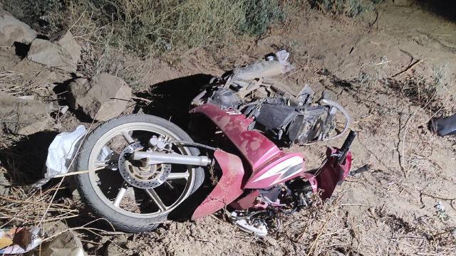 Otomobil motosiklete arkadan çarptı: 1 ölü, 1 yaralı
