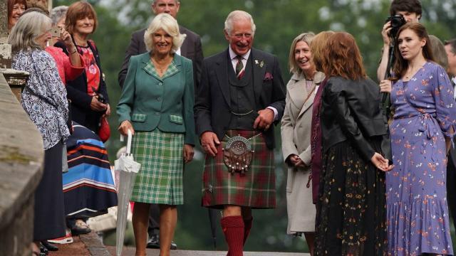 Gallerde monarşi karşıtı kampanya: Prense ihtiyacımız yok