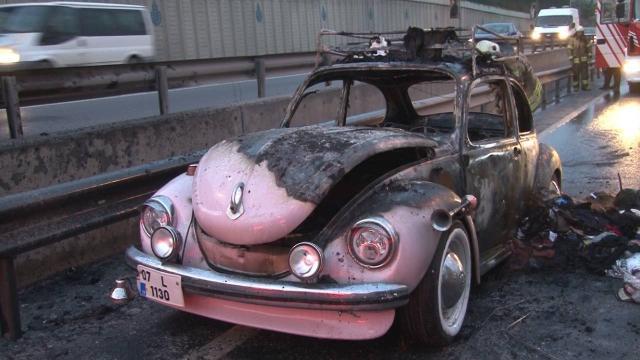 Sünnet için hazırlanan otomobil alev alev yandı