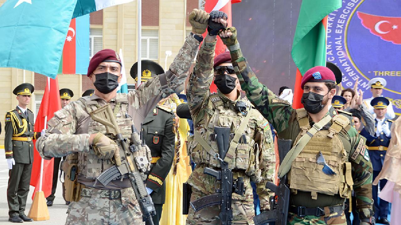 Bakü'de 'Üç Kardeş 2021' tatbikatı başladı - Son Dakika Haberleri