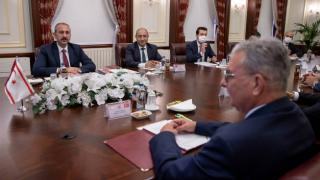 Bakan Gül, KKTC İçişleri Bakanı Evren ile görüştü