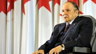 Abdulaziz Buteflika vefat etti