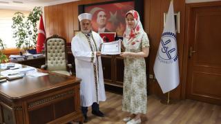 Elazığ'da yaşayan Güney Kore vatandaşı Ayşe ismini alarak Müslüman oldu