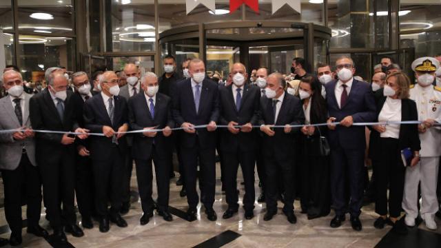Cumhurbaşkanı Erdoğan, Mersinde bir otelin açılışını yaptı