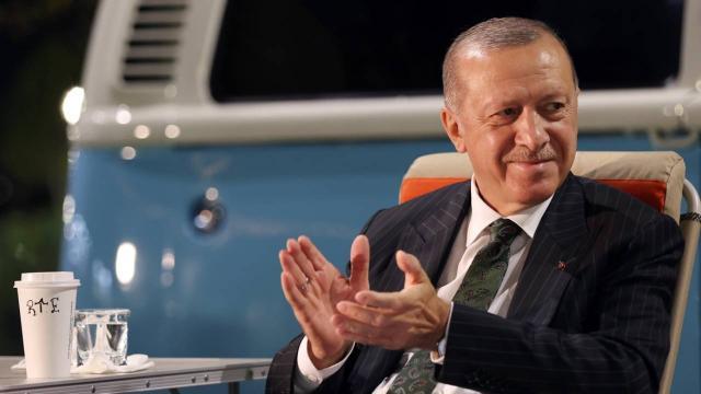 Cumhurbaşkanı Erdoğan, Mersinde gençlerle bir araya geldi