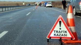 Tır ile minibüs çarpıştı: 1 ölü, 19 yaralı