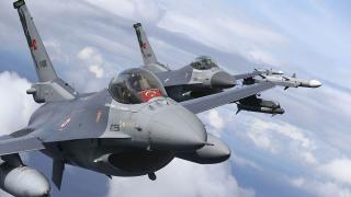 Türk jetleri NATO'nun 'hava polisliği' görevini tamamladı