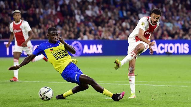 Beşiktaşın rakibi Ajax, Hollanda liginde Cambuuru 9-0 yendi
