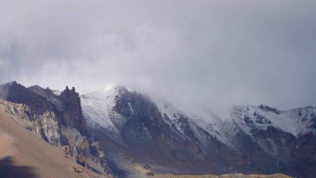 İç Anadolunun en yüksek dağı Erciyese kar yağdı