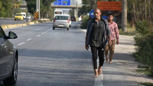 Yunanistan göçmenleri borularla döverek Türkiyeye itti