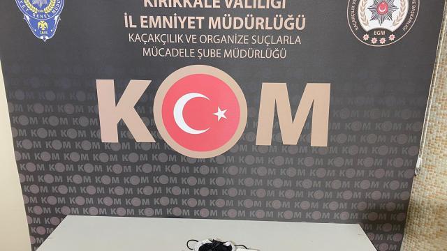 Kırıkkale'de Motorlu Taşıtlar Sınavı'nda kopya düzeneği hazırlayan 2 kişi yakalandı