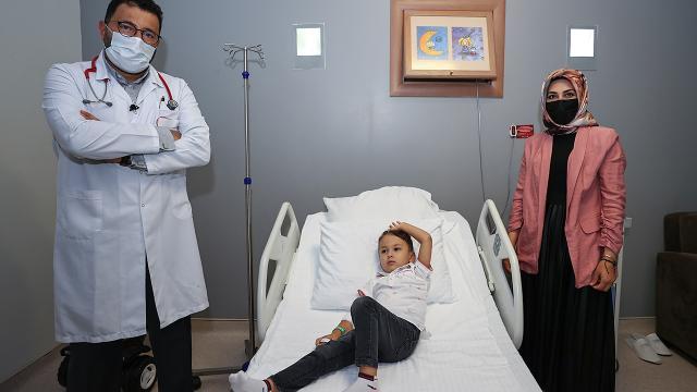 En ağır kalp hastalığı ile doğdu, 3 yılda sağlığına kavuştu