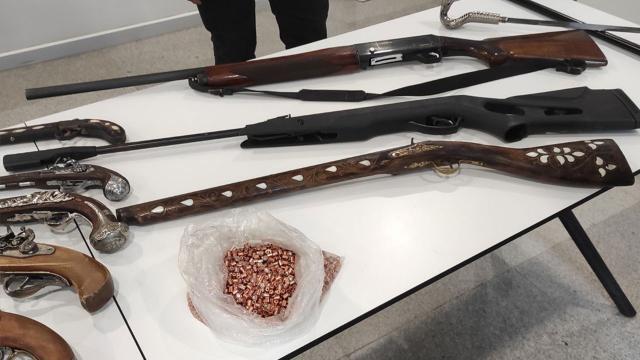 İstanbul Havalimanında kaçak eşyalar sergilendi