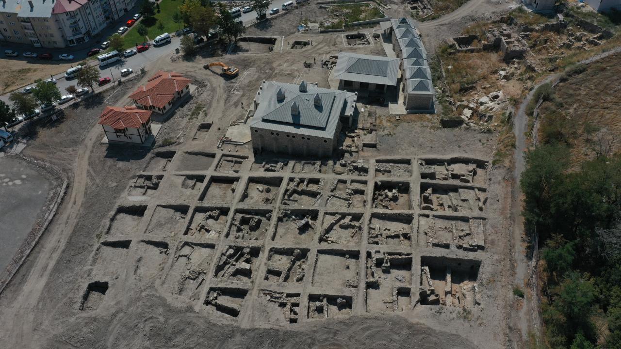 Sivas'ta kazılarda Selçuklu sarayı izlerine rastlandı