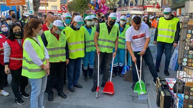 Niğdede Dünya Temizlik Günü kapsamında çevre temizliği yapıldı