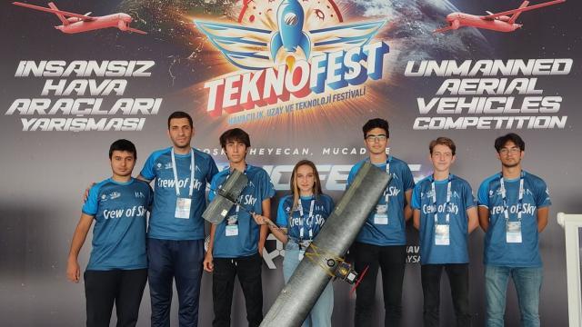 Eskişehirli öğrenciler TEKNOFESTde şampiyon oldu