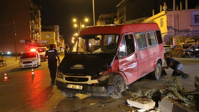 Hatayda minibüsle otobüs çarpıştı: 7 yaralı