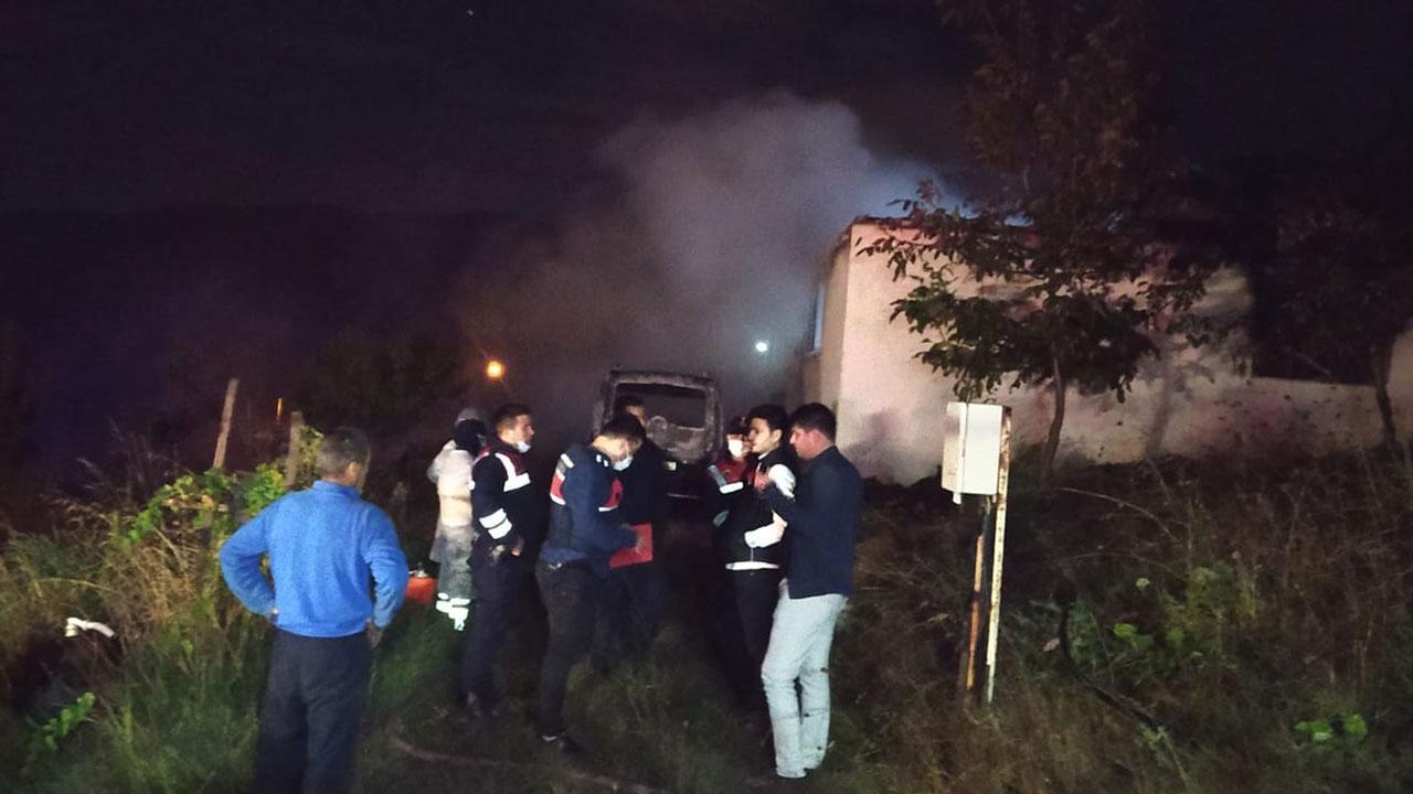 Aynı aileden 4 kişi yangında hayatını kaybetti