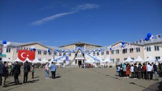 """Bingöl'de düzenlenen """"Bilim ve Sanat Şenliği""""ne 10 ilden 52 proje katıldı"""