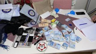 FETÖ'nün yeniden yapılanma toplantısına suçüstü: 43 gözaltı