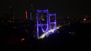 FSM Köprüsü alzaymır hastalığına dikkat çekmek için ışıklandırıldı