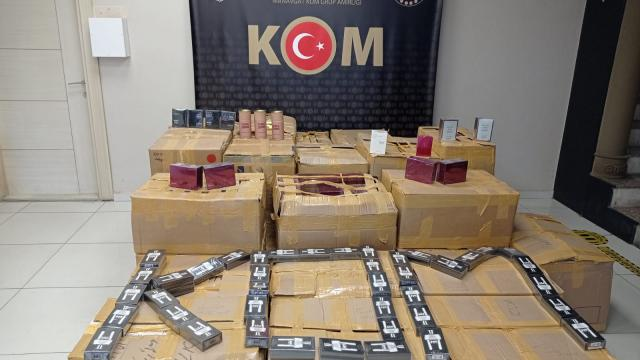 Antalyada 7 bin 950 şişe gümrük kaçağı parfüm ele geçirildi