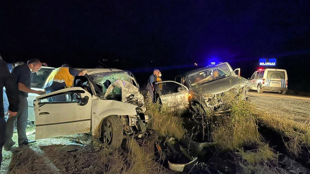 Karabük'te trafik kazası: 2 ölü, 6 yaralı