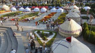 6. Dünya Halk Destanları Festivali Kırgızistan'da başladı