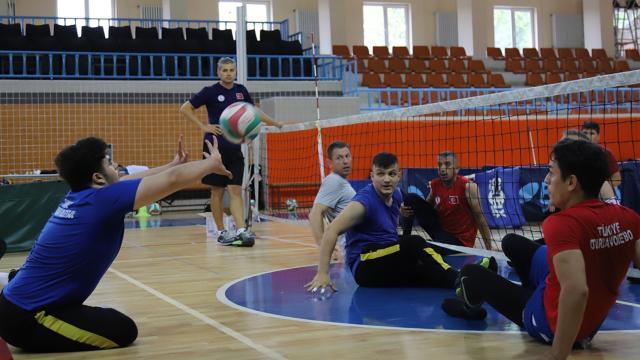 Oturarak Voleybol Milli Takımında hedef Avrupa Şampiyonası
