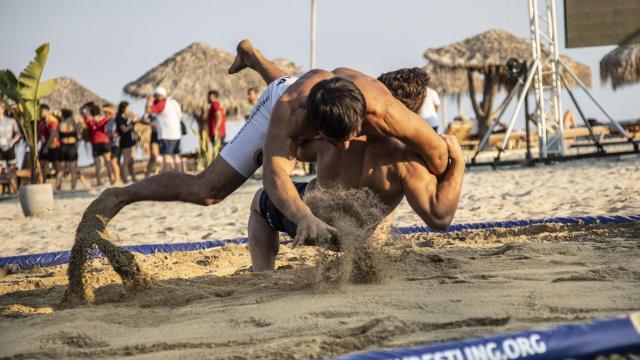 Dünya Plaj Güreşi Şampiyonasında 5 madalya