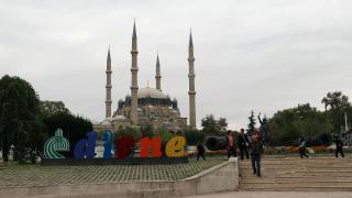 Selimiye Camii meydanının düzenlenmesi için çalışmalar başladı