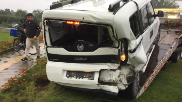 Samsunda hafif ticari aracın çarptığı genç kız yaralandı