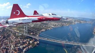 Türk Yıldızları TEKNOFEST uçuşunu Ampute Milliler'e armağan etti