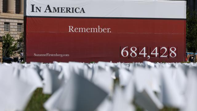 Washingtonda salgında hayatını kaybedenler anılıyor